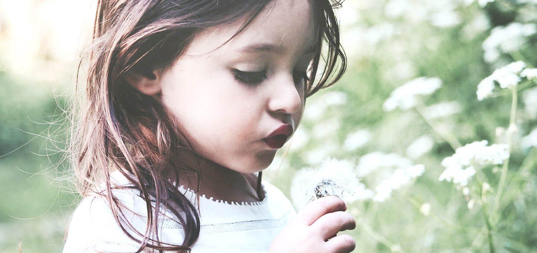 Achtsamkeit für Kinder durch Naturbeobachtungen fördern