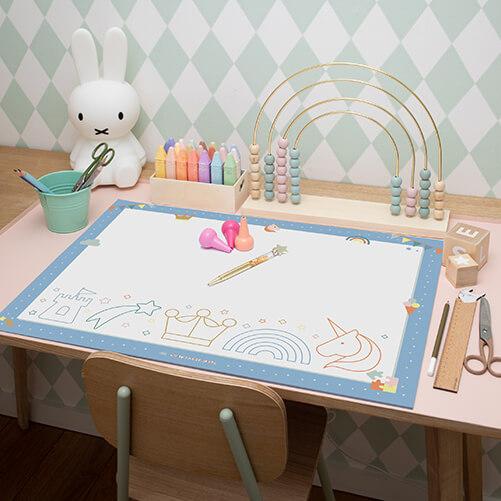 Schreibtischunterlage_Kindergarten_himmbelblau_mood